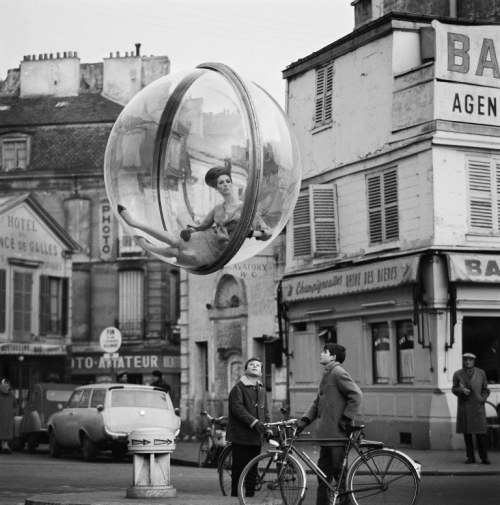 sokolsky-bicycle-street-paris-1963